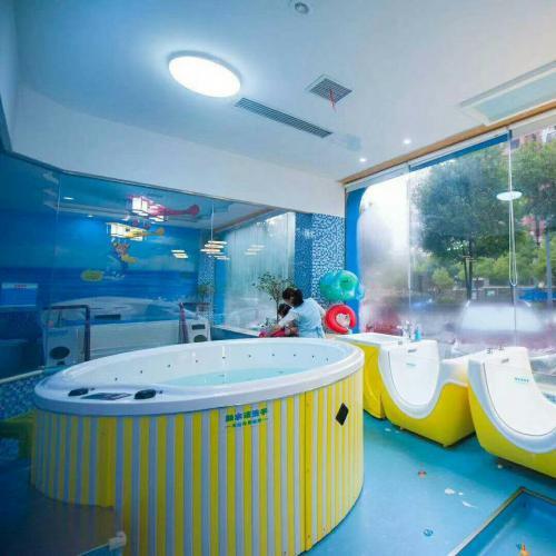 皇家宝贝游泳馆